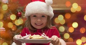 Коварство новогоднего стола: чем нельзя кормить ребенка 31 декабря